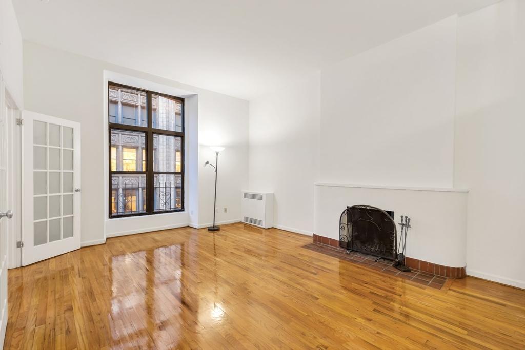 121 Madison Avenue - Photo 1