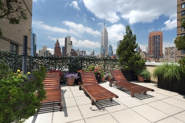 154 East 29th Street - Photo 1