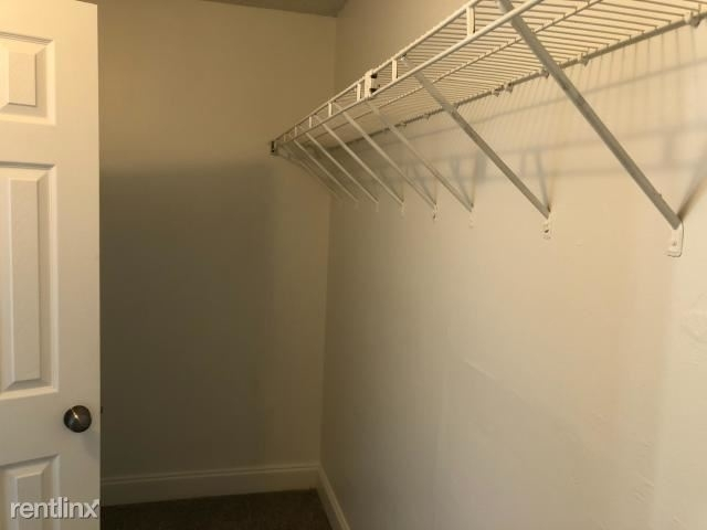 340 Nw 19th St Apt 101 - Photo 1