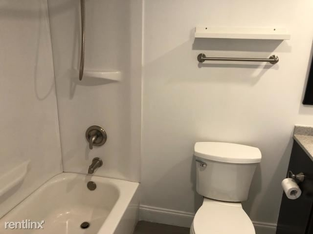 340 Nw 19th St Apt 101 - Photo 5