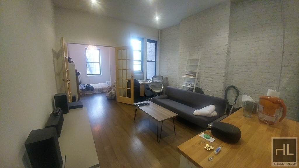 532 Flatbush Avenue - Photo 2
