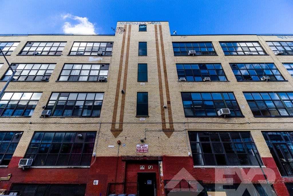 255 Mckibbin Street - Photo 4