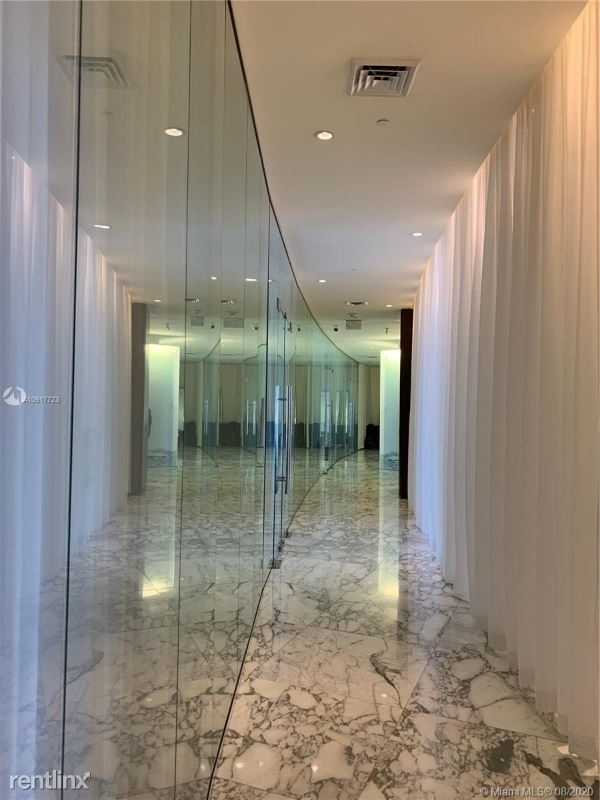 485 Brickell Ave 562 - Photo 32