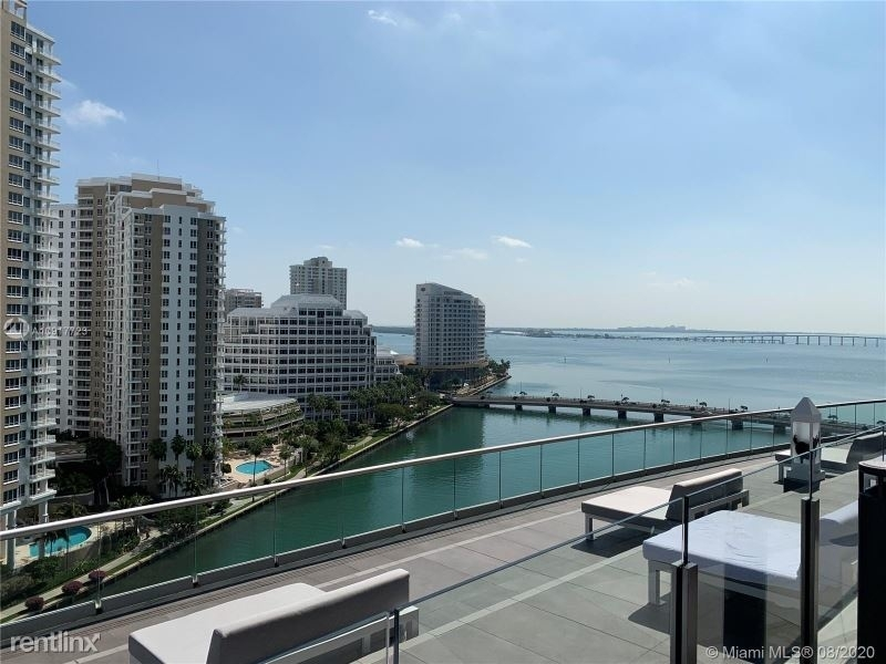 485 Brickell Ave 562 - Photo 44