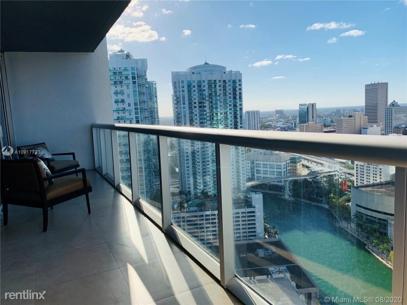 485 Brickell Ave 562 - Photo 24