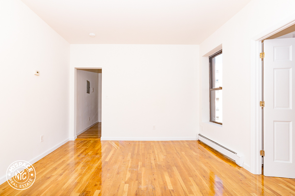 879 Dekalb Avenue - Photo 5