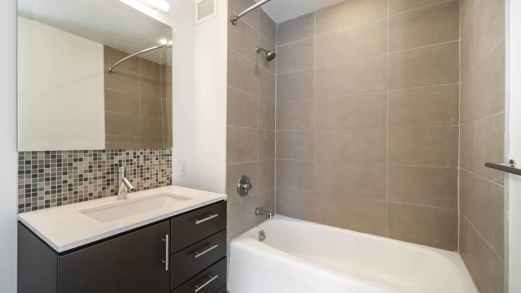 500 West 23rd Street - Photo 13