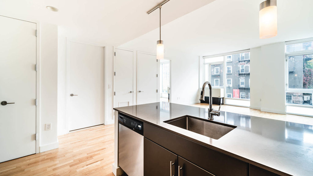 500 West 23rd Street - Photo 4