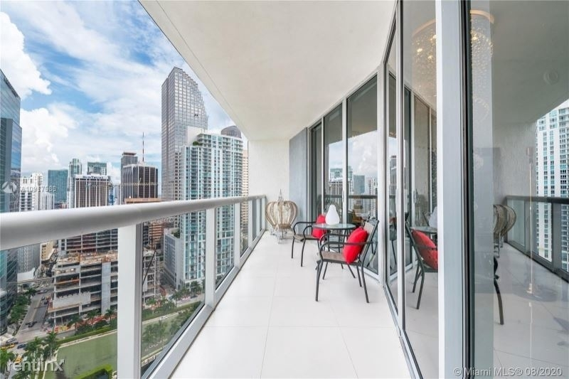 465 Brickell Ave 26 - Photo 3