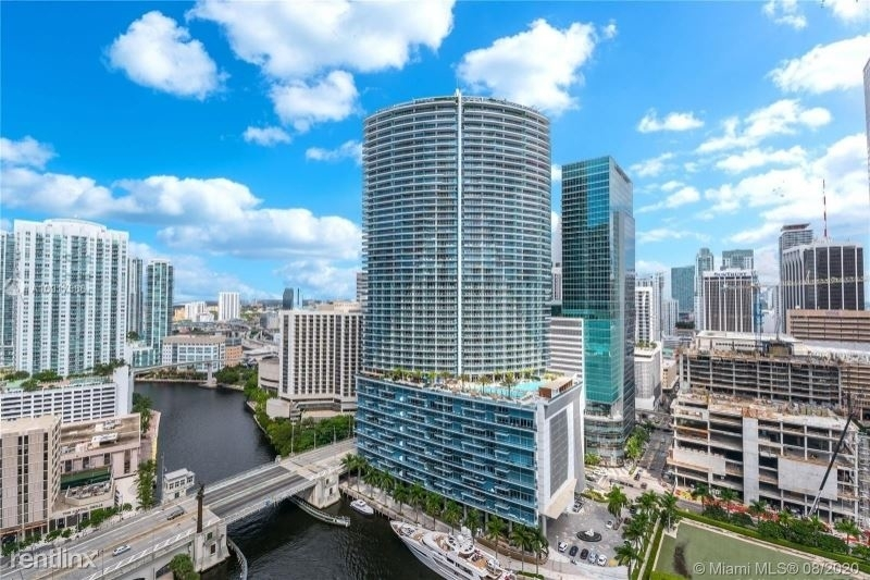 465 Brickell Ave 26 - Photo 2
