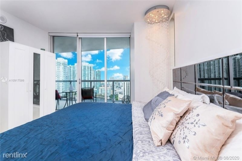 465 Brickell Ave 26 - Photo 9