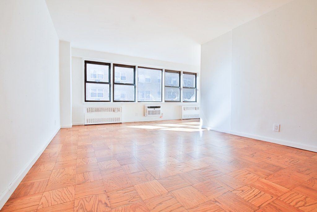236 East 36th Street - Photo 0