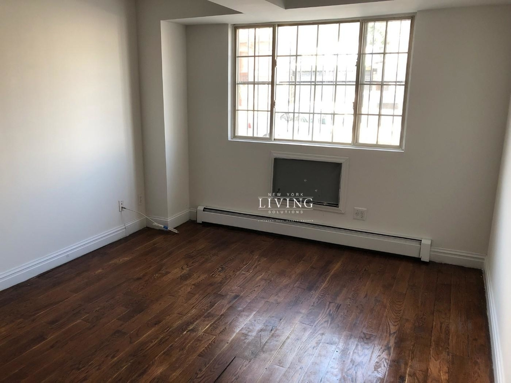 328a Irving Ave - Photo 1