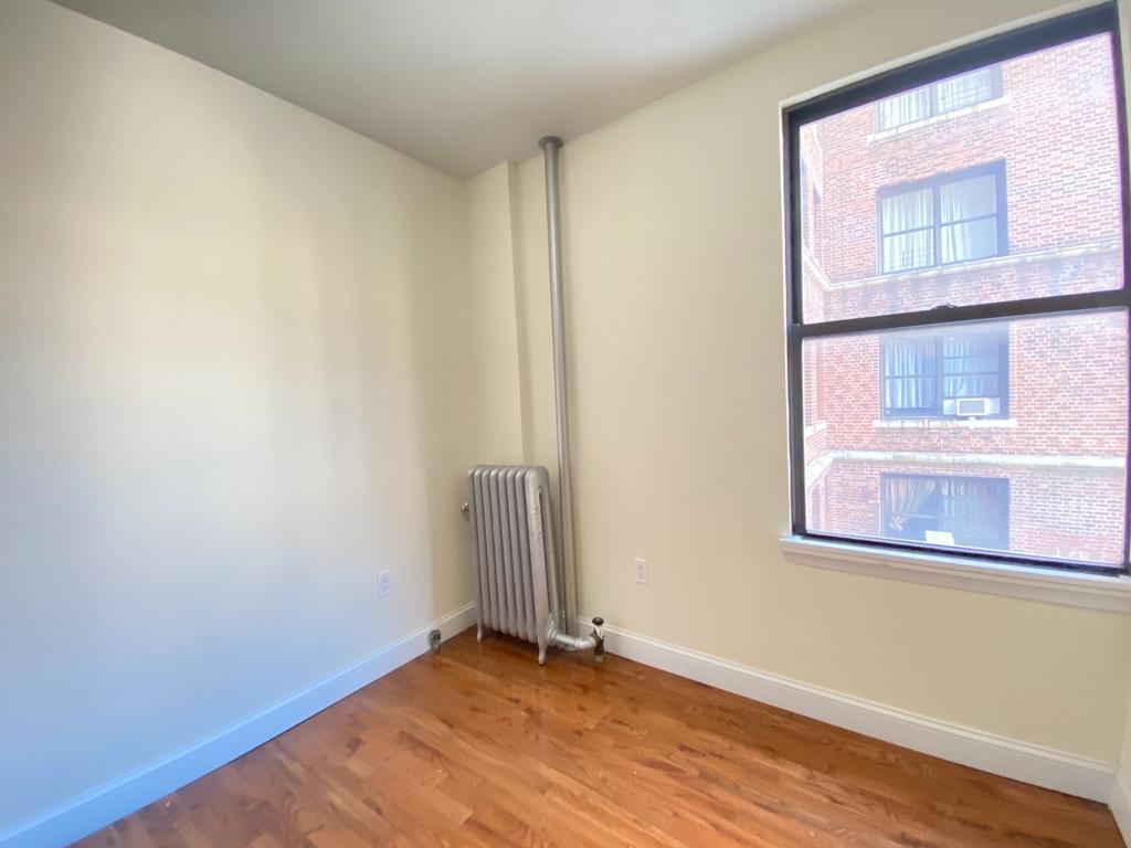500 West 140th Street - Photo 4
