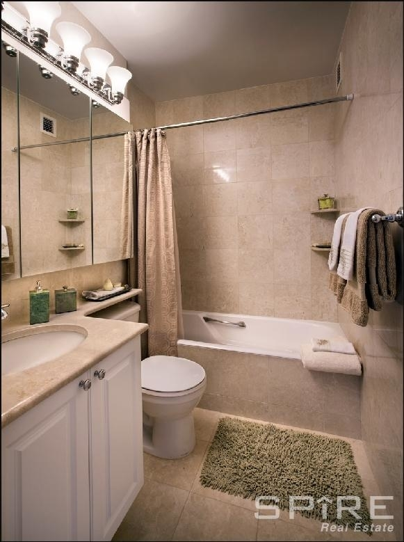 225 East 95th Street - Photo 2