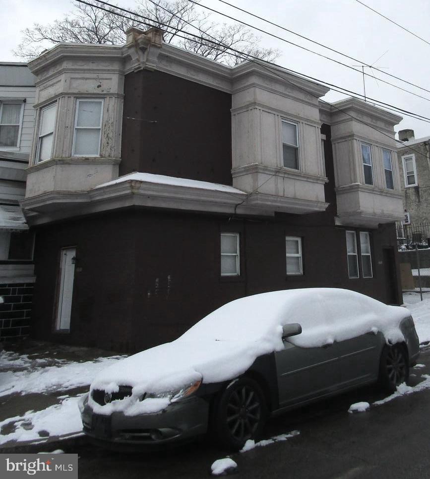 5701 Hadfield Street - Photo 0
