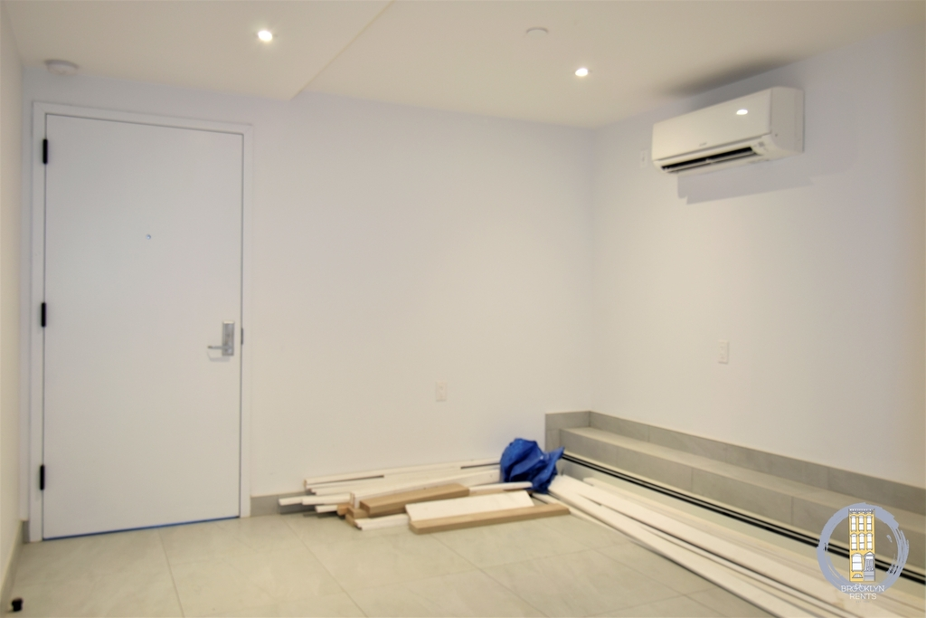 37 Irving Place - Photo 9