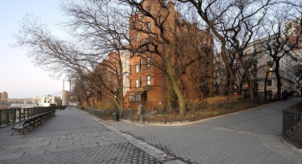 8 Clark Street - Photo 16