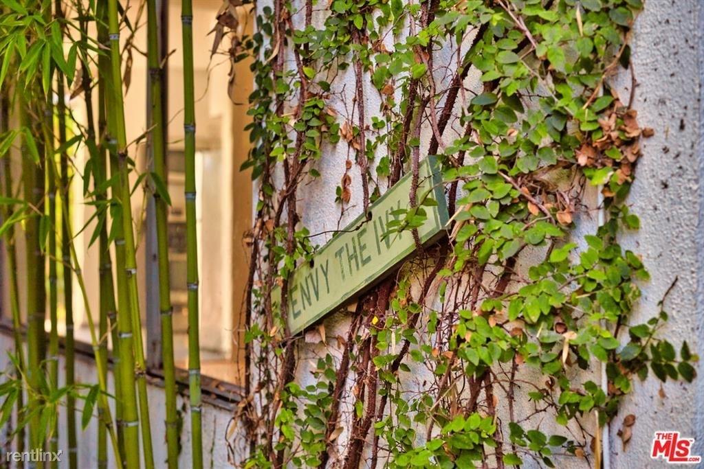 743 Vernon Ave Apt B - Photo 8