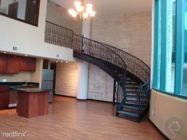 110 Bagby St - Photo 3