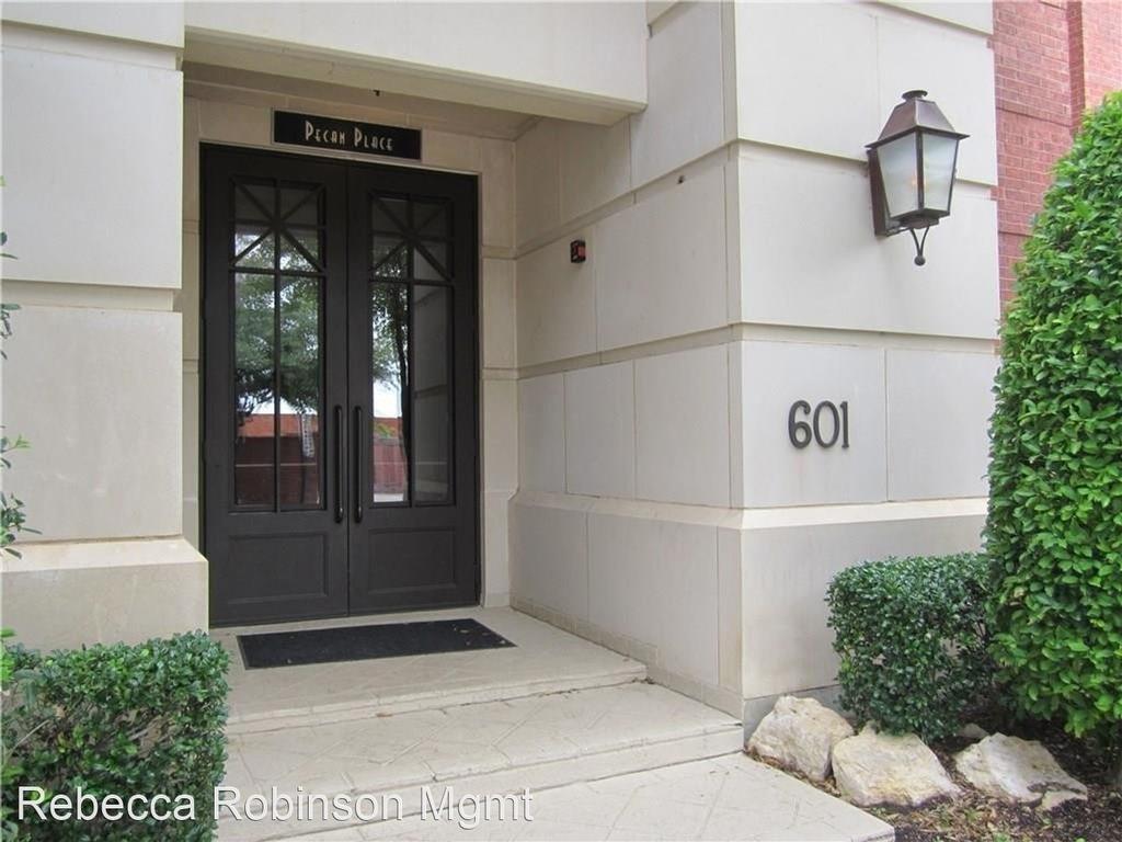 601 East 1st Street #210 - Photo 2