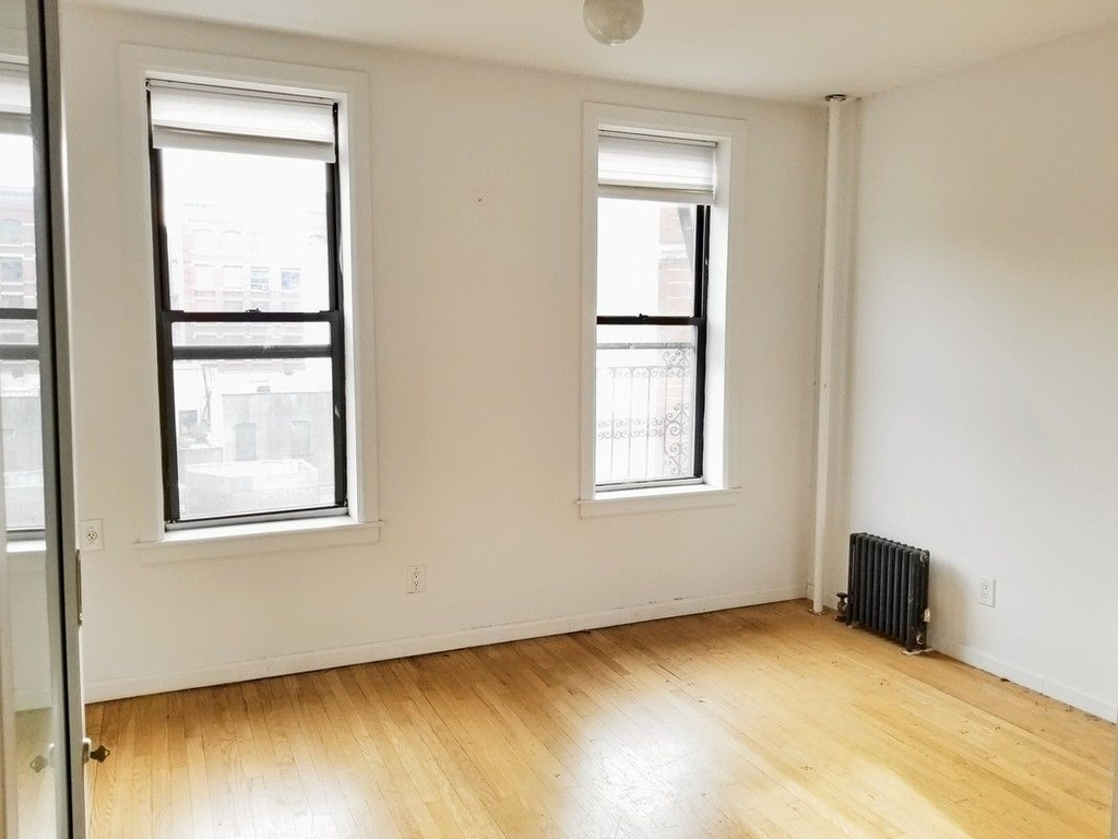 75 Thompson Street - Photo 3