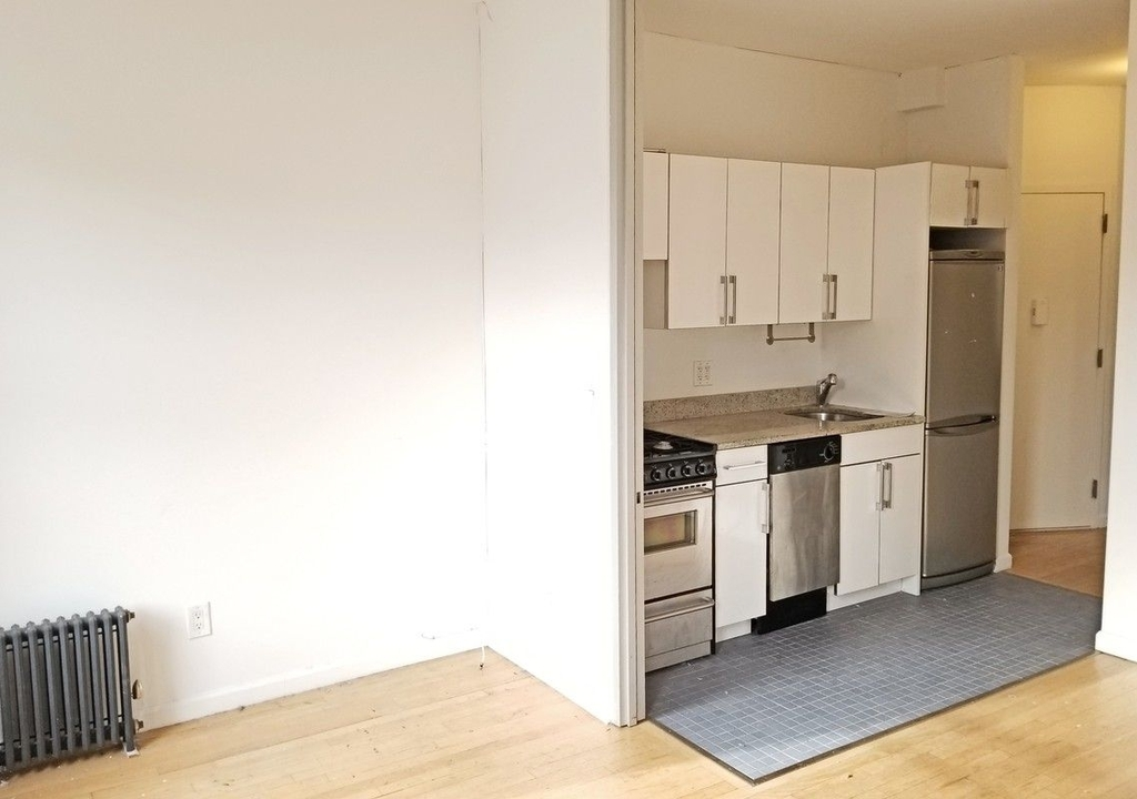 75 Thompson Street - Photo 5
