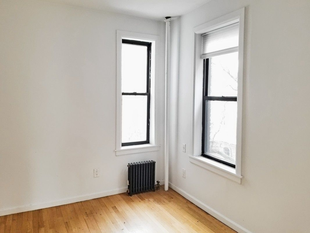 75 Thompson Street - Photo 1