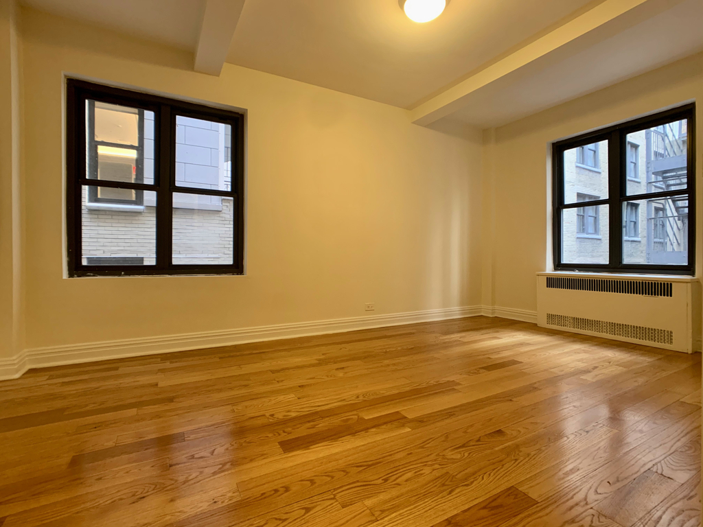 141 East 56th Street - Photo 9