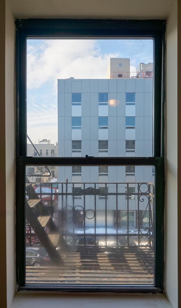 24-35 Steinway Street - Photo 6