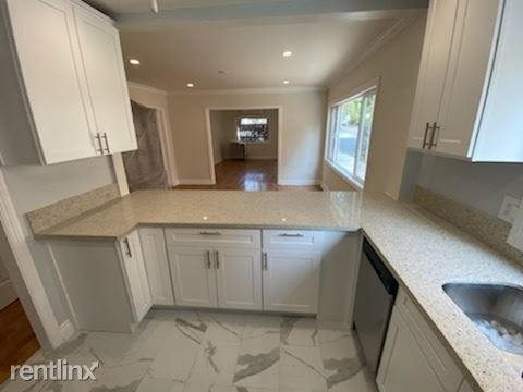 5658 Franklin Ave - Photo 32