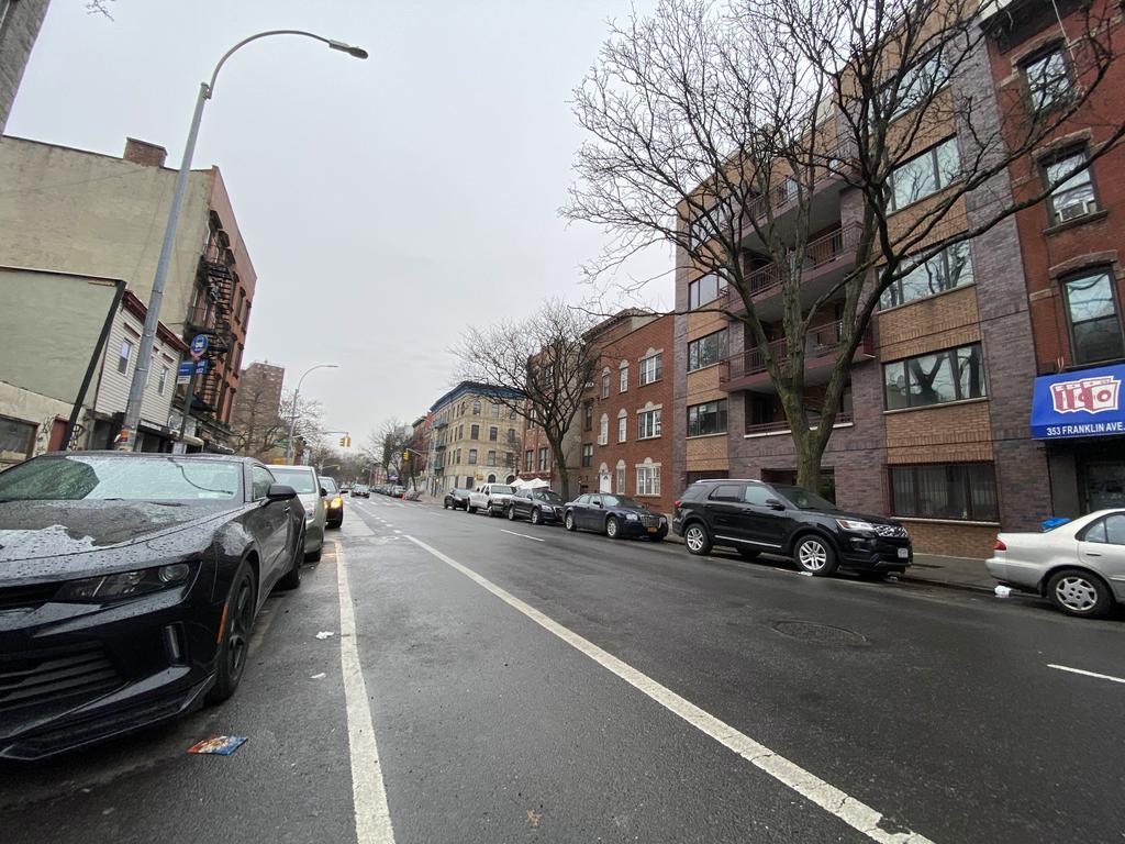351 Franklin Avenue - Photo 5