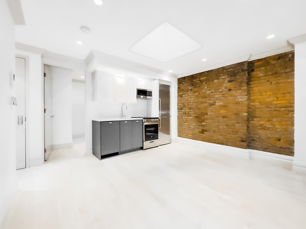 161 West 4th Street - Photo 1