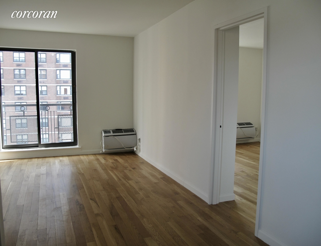 East 89th Street - Photo 4