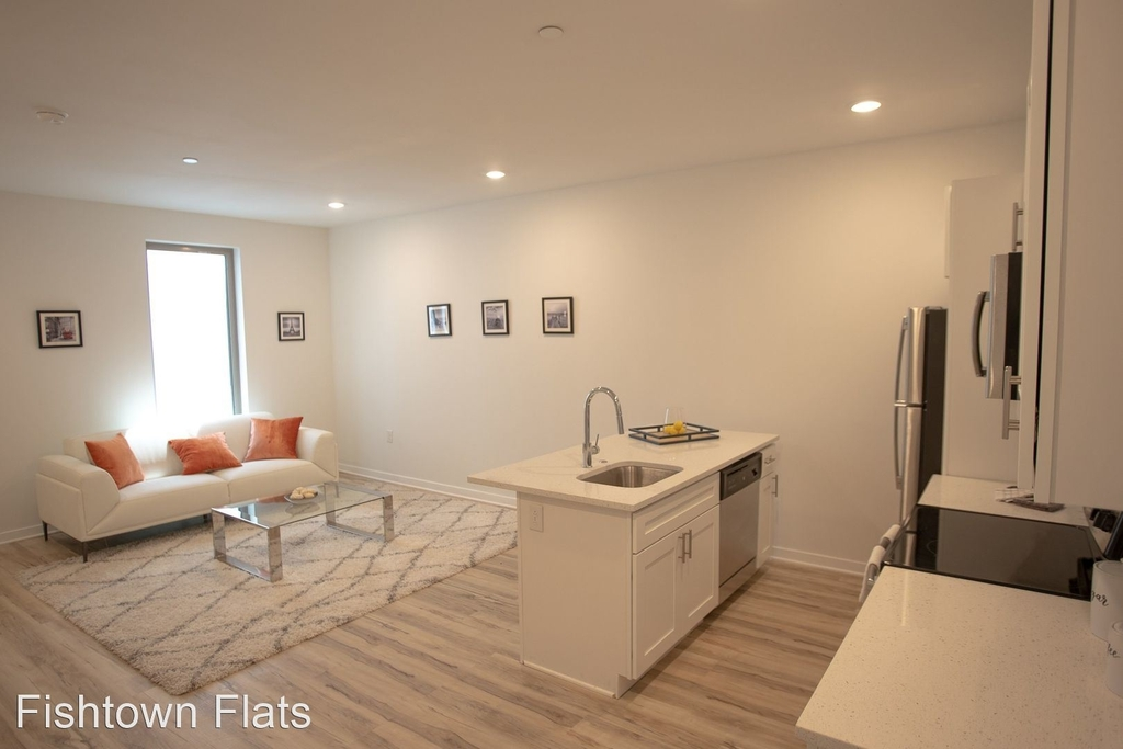 1415 Germantown Ave - Photo 0