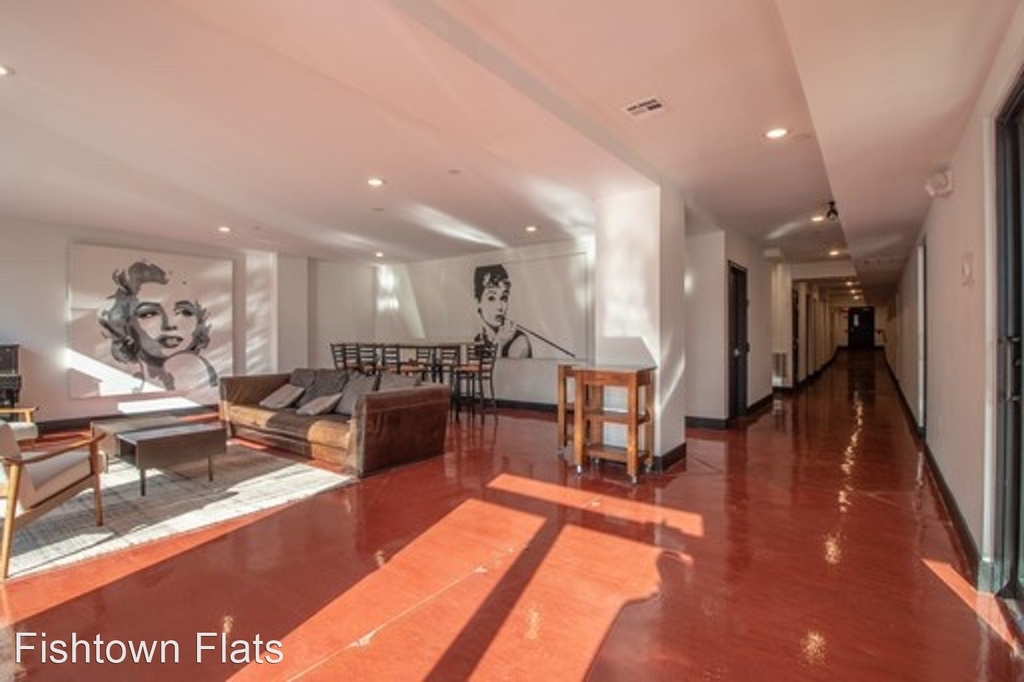 1415 Germantown Ave - Photo 2