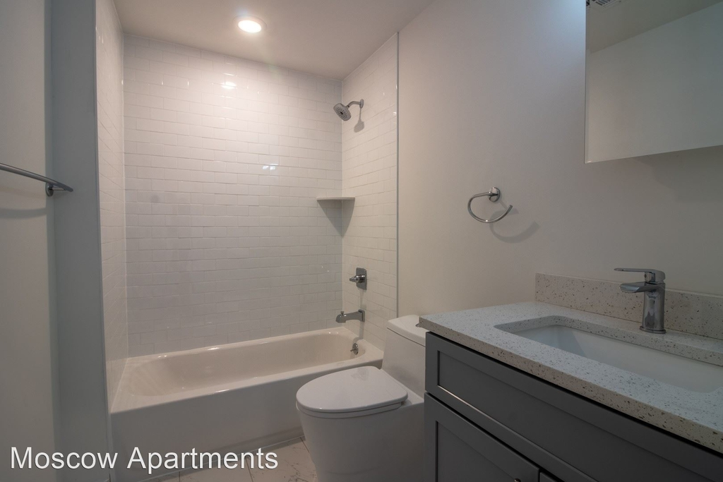 1413 Germantown Ave - Photo 1