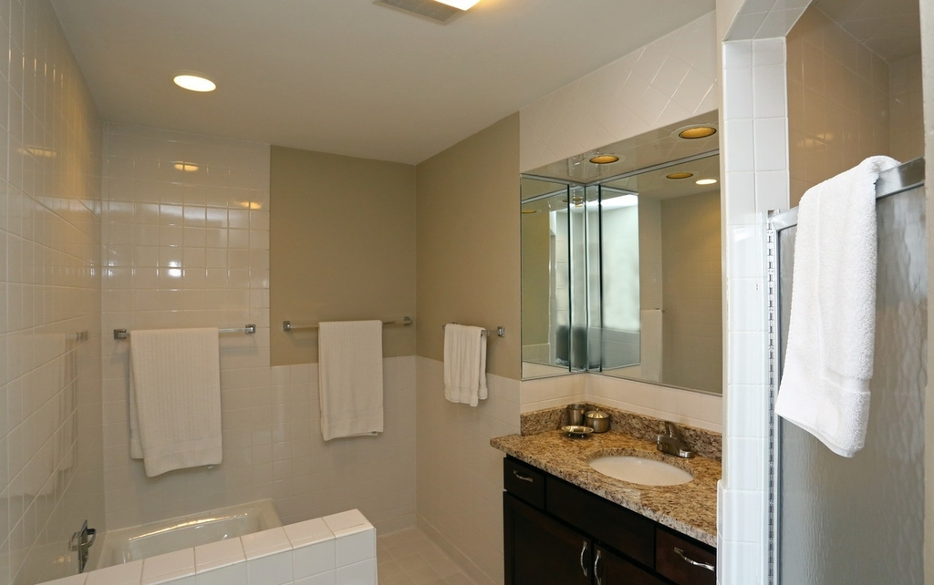 2300 North Lincoln Park West - Photo 2
