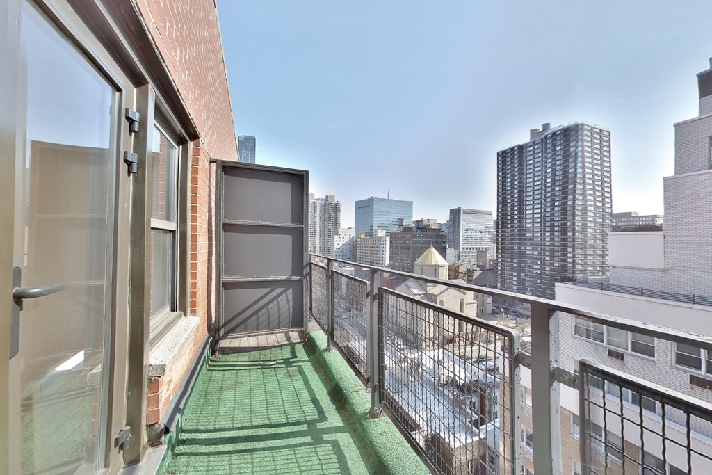 236 East 36th Street - Photo 4