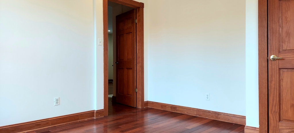 305 Convent Ave - Photo 6
