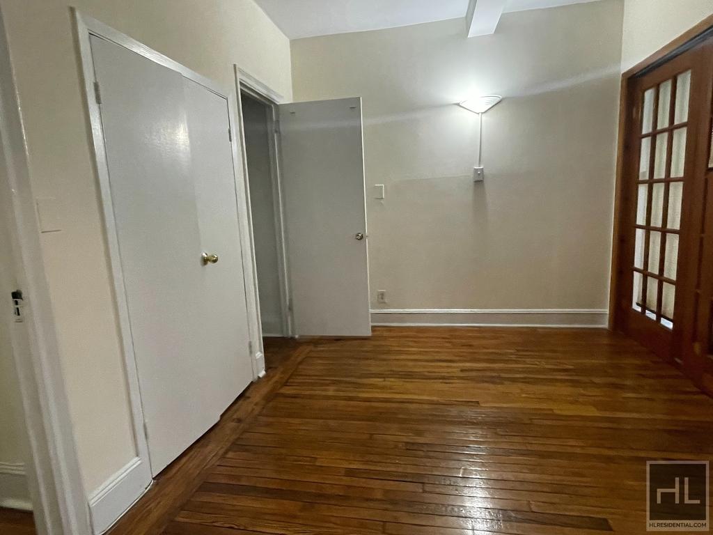 Waverly Place - Photo 1