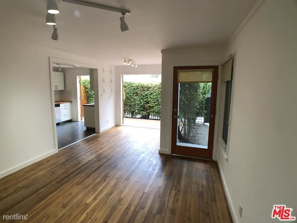 608 Westminster Ave # A - Photo 1