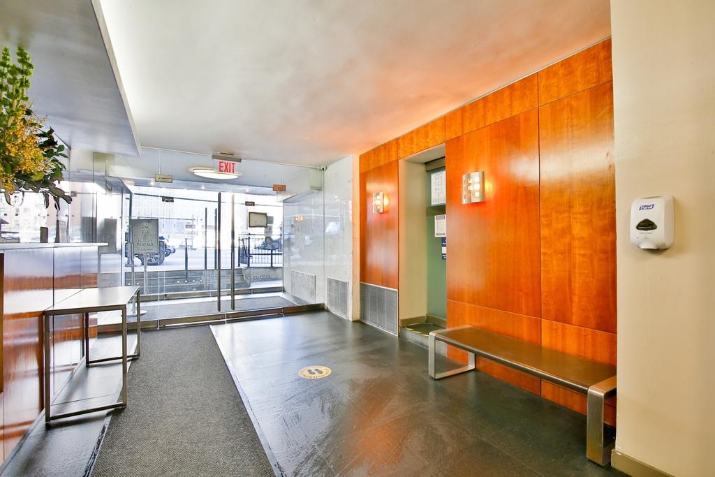 236 East 36th Street - Photo 5