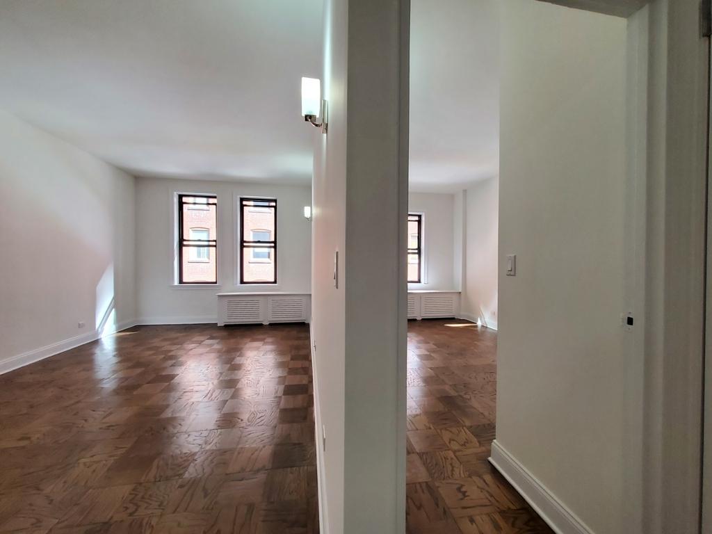 235 West 22nd Street - Photo 1