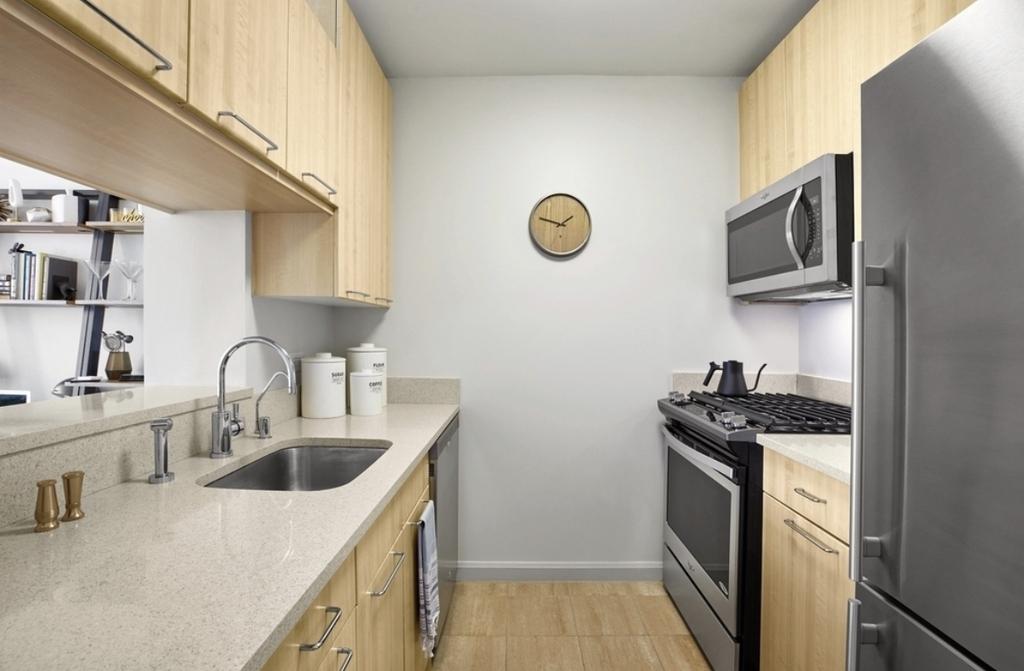 601 West 57th Street - Photo 2