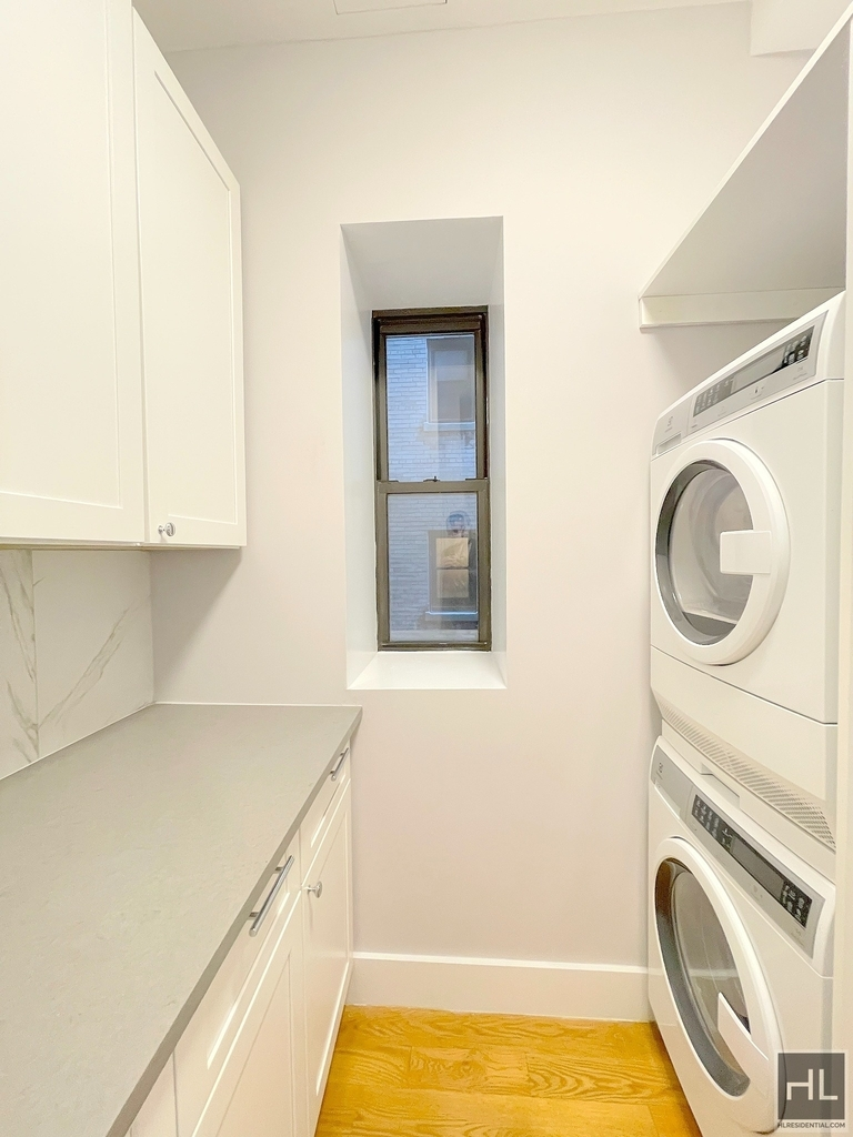 252 West 76th Street - Photo 5