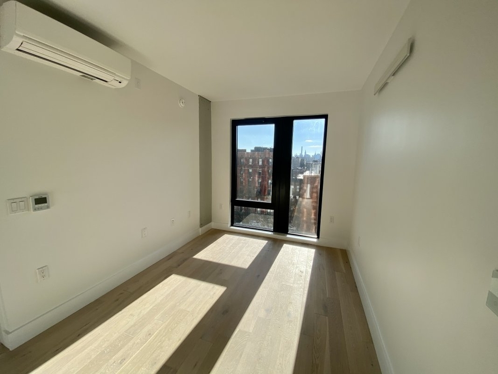 60 West 125th Street - Photo 1