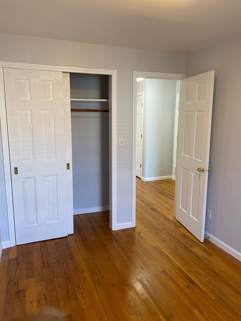 789A Willoughby Avenue - Photo 6