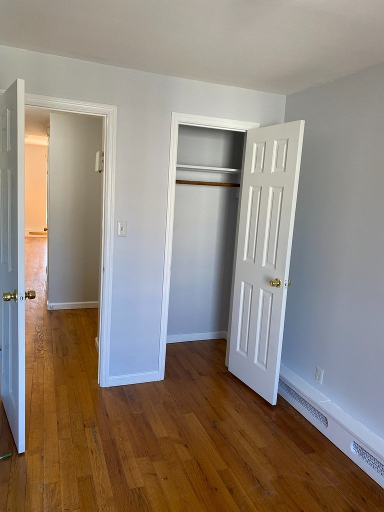 789A Willoughby Avenue - Photo 8