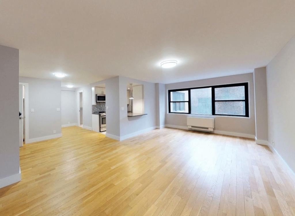 301 East 47th Street, New York, NY 10017 - Photo 1